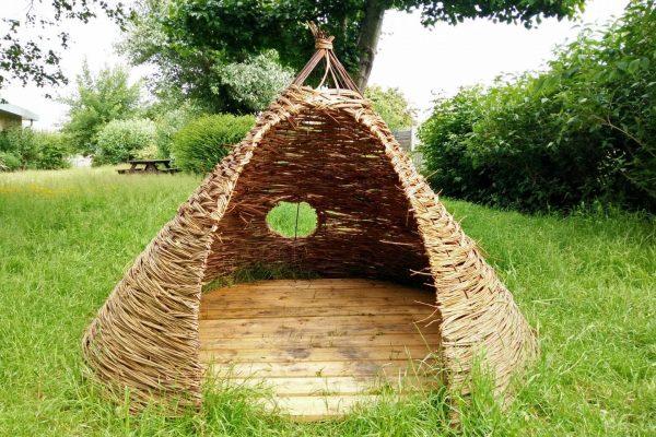 Willow pod 2